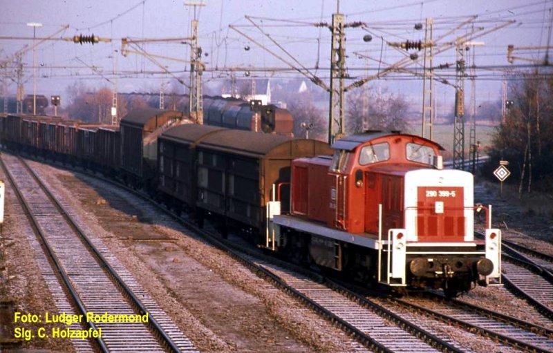 290 399 in Rheinkamp.