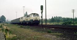 215-Doppelpack fährt in Xanten Richtung Kleve