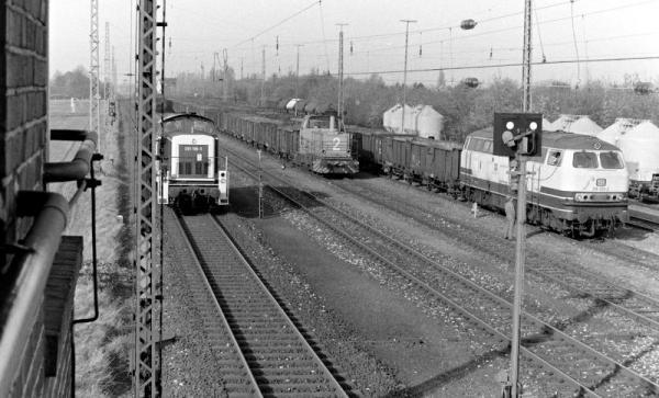 290 196, Solvay 2 und 216 013 in Millingen